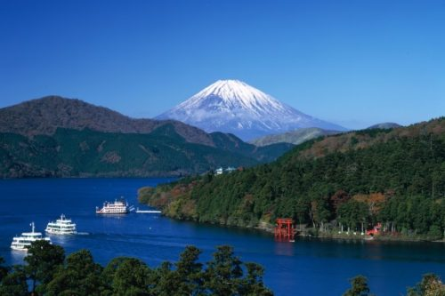 9-place-have-fun-the-whole-family-10-yunessun-hakone