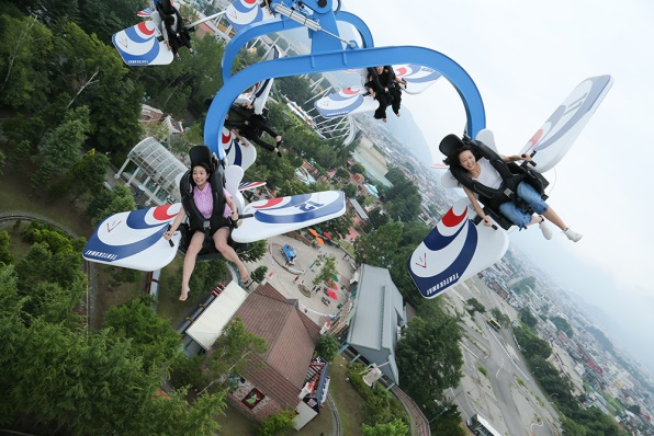 9-place-relax-with-friend-12-fuji-q-highland