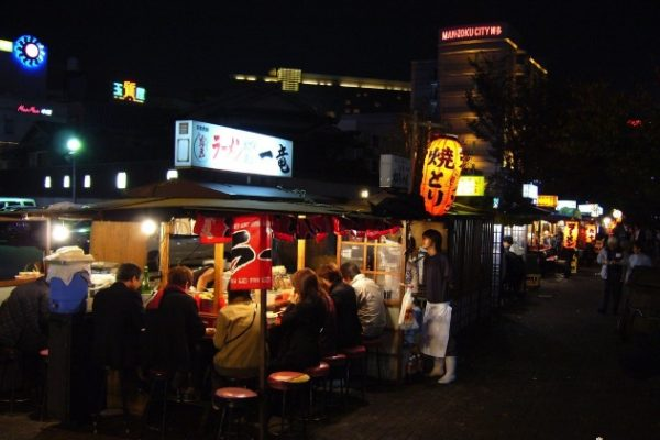 9-popular-food-area-17-nakasu-yatai