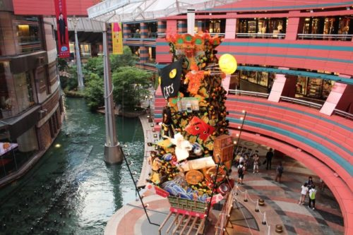 9-shopping-area-15-canal-city-hakata