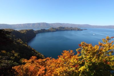 towada-lake-oirase-01